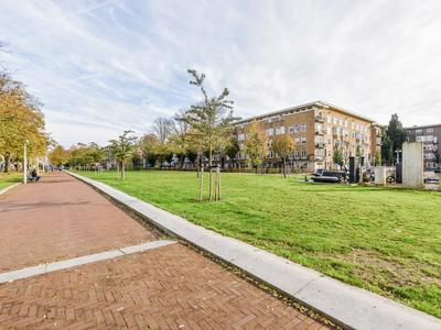 Van Tuyll Van Serooskerkenweg 6 Hs in Amsterdam 1076 JK