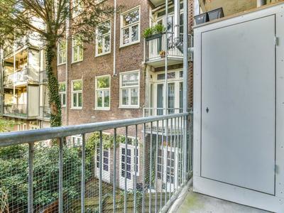 Van Tuyll Van Serooskerkenweg 6 I in Amsterdam 1076 JK