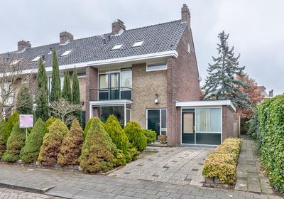 Vondellaan 2 in Capelle Aan Den IJssel 2902 AS