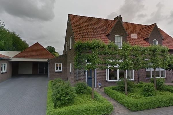 Van Den Elsenstraat 19 in Hapert 5527 HH