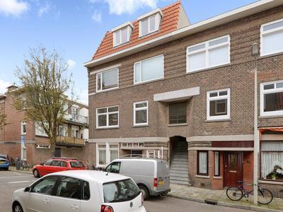 Hendrik Zwaardecroonstraat 62 in 'S-Gravenhage 2593 XT