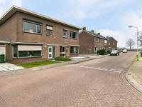 Bernhardstraat 5 in Hoek 4542 AX