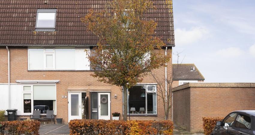 Grote Waard 18 in Zevenbergen 4761 MS