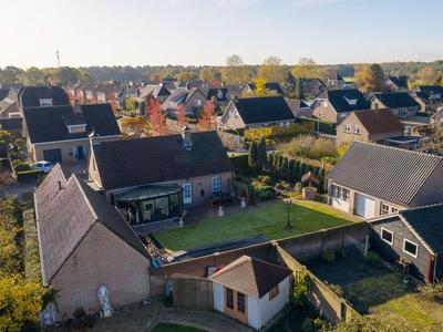 Kade 10 in Rucphen 4715 AD