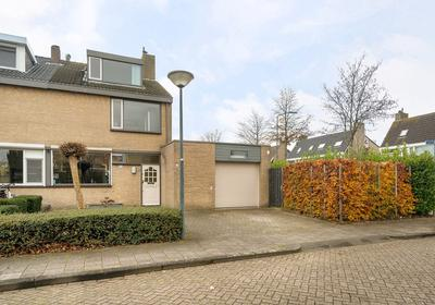 Tuinkruid 2 in Oosterhout 4907 HN