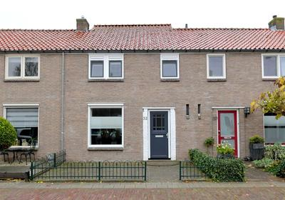 Anthonie Van Dyckstraat 32 in Deventer 7412 RN