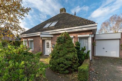 Beatrixlaan 18 in Belfeld 5951 GD