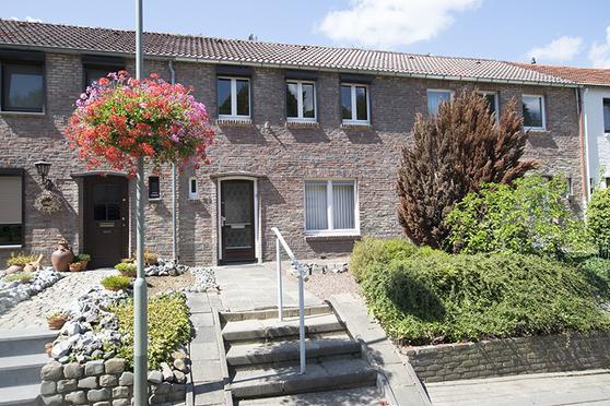 Grachtstraat 60 in Schin Op Geul 6305 AP