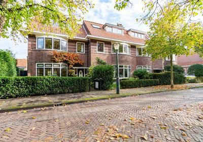 Van Heeckerenstraat 10 in Wassenaar 2242 GX