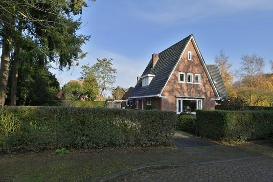 Hooghuizenweg 2 in Huizen 1272 CA