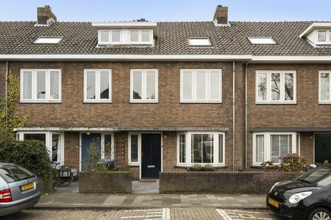 Kogelbloemstraat 28 in 'S-Hertogenbosch 5212 XL
