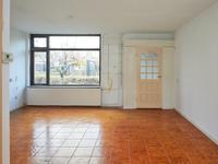 Meeuwenveld 42 in Nieuwveen 2441 BE