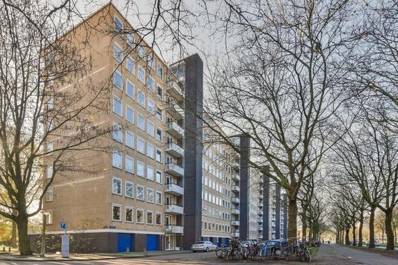 Van Nijenrodeweg 672 in Amsterdam 1082 JB