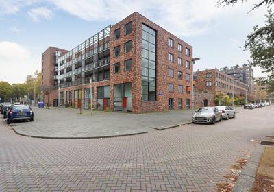 W.G. Witteveenplein 68 in Rotterdam 3071 MA