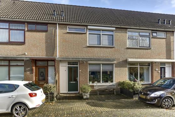 Muskaat 24 in De Lier 2678 WL