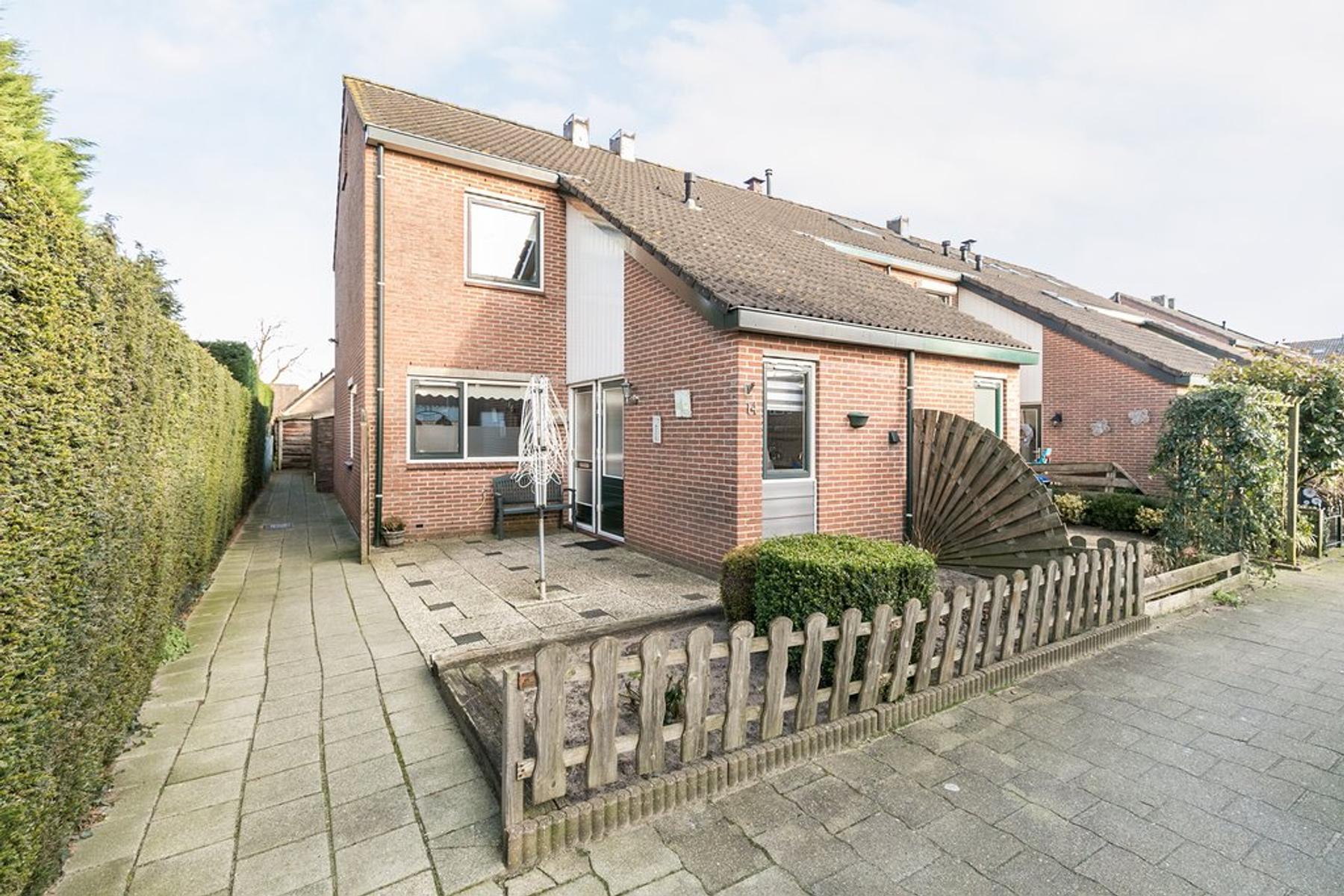 Ranonkel 14 in Oldebroek 8096 XH