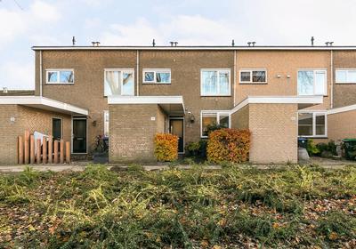 Willem-Alexanderplantsoen 42 in Barendrecht 2991 NE
