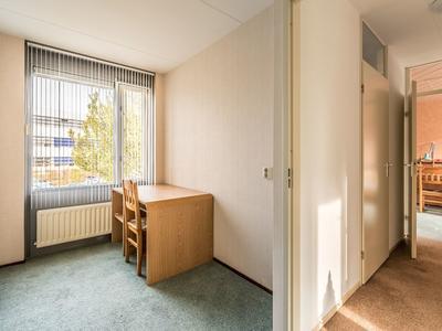 Weegbree 56 in Uithoorn 1422 MX