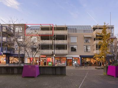 Willem-Alexanderstraat 22 in Nijverdal 7442 MA