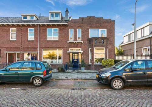 Emmastraat 15 in Zwijndrecht 3331 XA