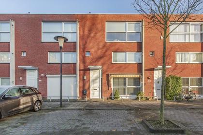 Zalmwater 123 in Barendrecht 2993 DX