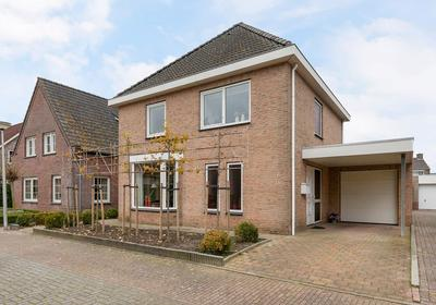 Moerstraat 6 in Kruisland 4756 CV