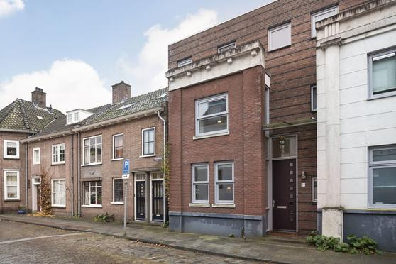 Waterstraat 1 A in Zutphen 7201 HM