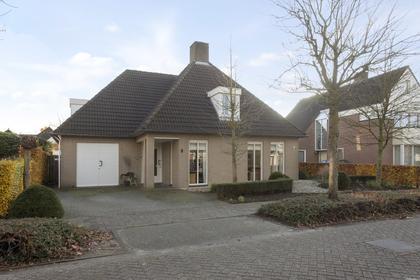 Zuster Winkellaan 5 in Nuenen 5673 AC