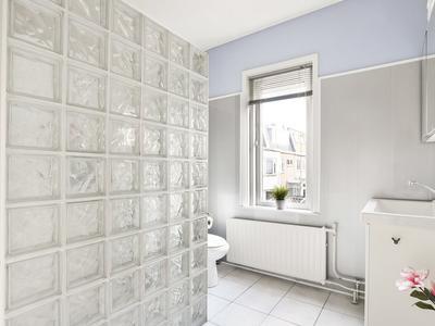 Middenweg 42 in Haarlem 2024 XD