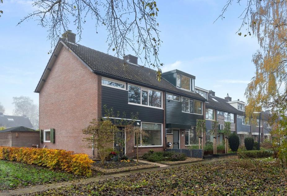 Schoutenveld 745 in Apeldoorn 7327 BX
