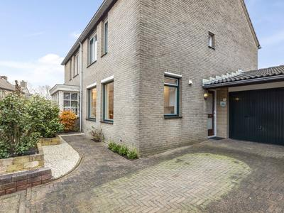 Vedelaarsborch 5 in Houten 3992 BB