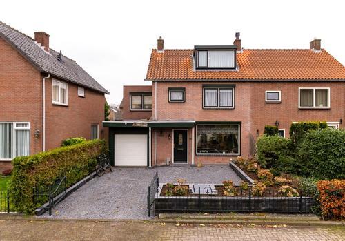 Sportveldweg 24 in Nieuw-Vennep 2151 CC
