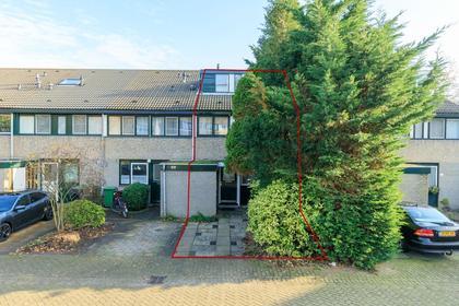 Akenwerf 27 in Leiden 2317 DK