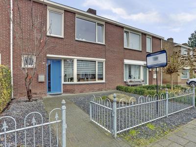 Crijnssenstraat 19 in Axel 4571 CB