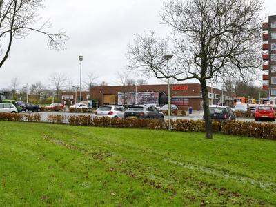 Zevenblad 64 in Uithoorn 1422 NW