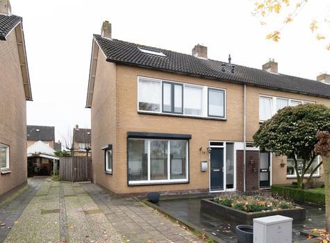 Prins Mauritsstraat 28 in Rijssen 7462 GB