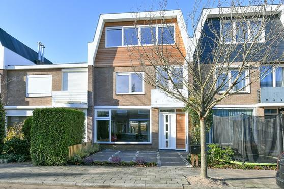 Kardinaal De Jongstraat 53 in Amstelveen 1181 MG
