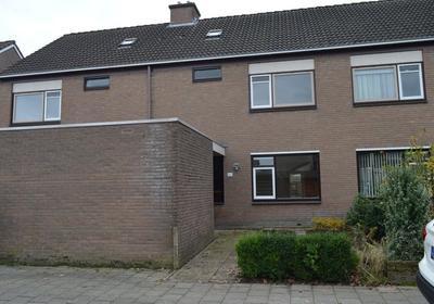 Valkenveld 141 in Emmen 7827 HG