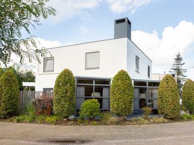 Karveel 22 in Oosterhout 4902 CP