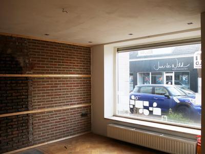 Raadhuisstraat 7 in Rucphen 4715 CB