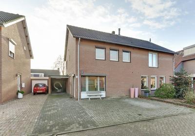 Van Eyckstraat 16 in Maasbree 5993 CV
