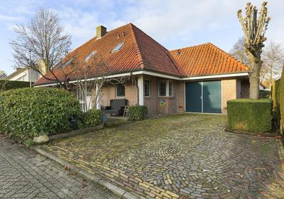Valeriaan 8 in Hoogeveen 7909 HC