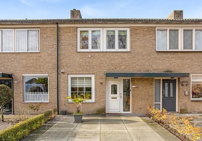 Deken Floorenstraat 18 in Breda 4813 BN