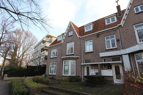Kennemerplein 7 in Haarlem 2011 MH