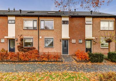 Brooshooftstraat 76 in Hardinxveld-Giessendam 3371 JK