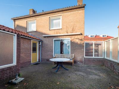Waalstraat 1 in Geldermalsen 4191 BP