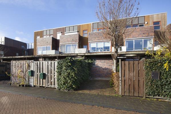Burgemeester Bracklaan 45 in Reeuwijk 2811 BP