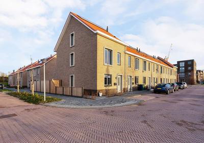Selendangstraat 16 in Almere 1336 NL
