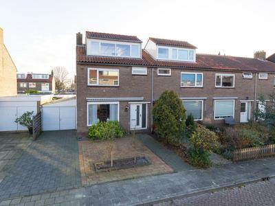 Graaf Janlaan 60 in Hillegom 2181 TM