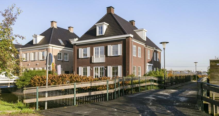 Vlinderweg 13 in Aalsmeer 1432 MZ